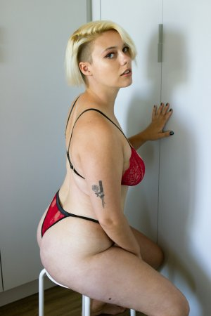Majorie live escort in Severn MD