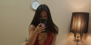 Candace escort girl in Dale City