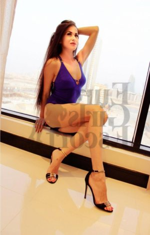 Asmina escorts in Kansas City MO