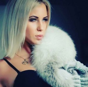 Eliona escort girl